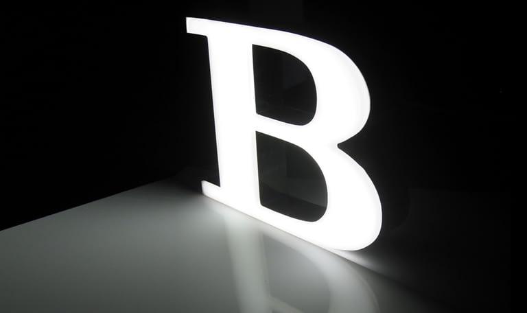 frontline m rigid light bar letter